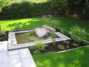 garten mit wasser ein reihenhausgarten matthias lutz der garten