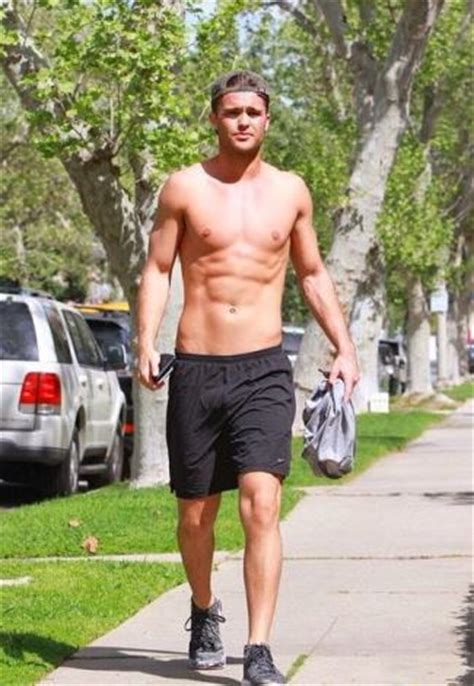 spencer boldman girlfriend underwear shirtless photos