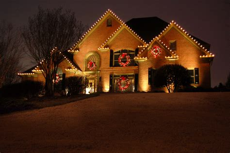 christmas lights b q decoratingspecial com