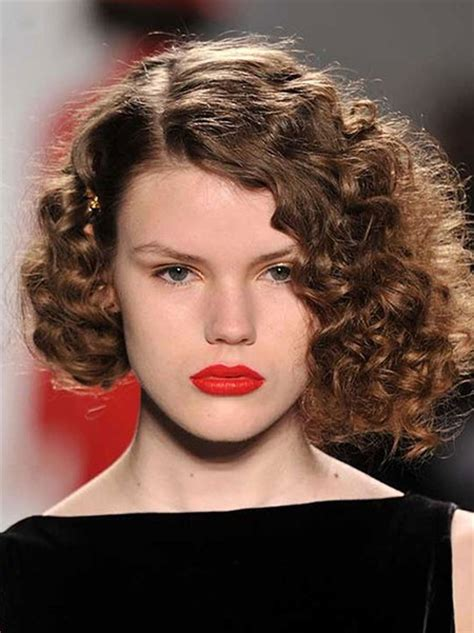 short tight curl hair style short hairstyles for curly hair short hairstyles 2017