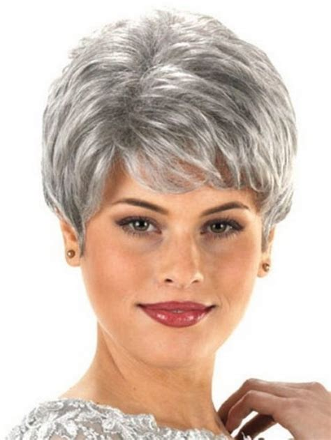 short haircuts for women over 60 round face with a triple chin short haircuts for older women with round faces