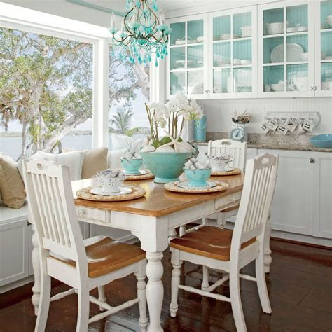 Coastal Couches by Best 25 Coastal Living Rooms Ideas On
