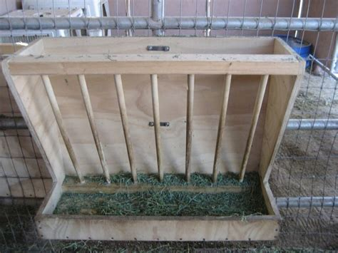Hay Rack For Horses by Wood Hanging Hay Feeder Farm Projects