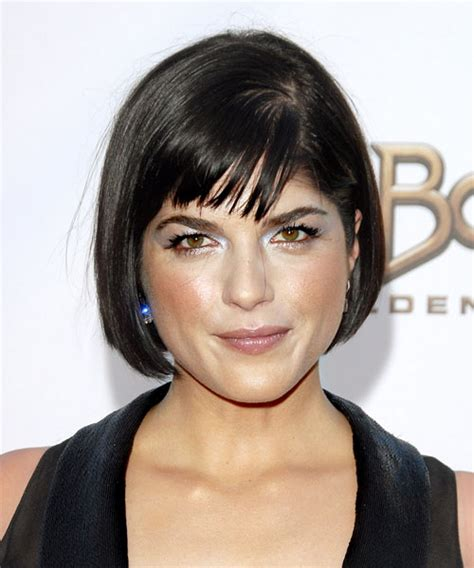 should chin length hair have long layers or short layers selma blair short straight formal hairstyle