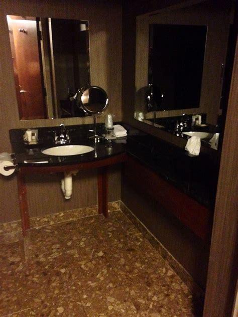 Bathroom Vanities Syracuse Ny Hotel Reviews Sheraton Syracuse Jetsetter S Homestead