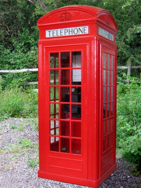 telephone box by phonebox turkeywithstuffin s