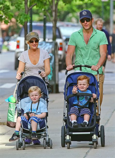 amy poehler sons in may 2012 will arnett and amy poehler took their two