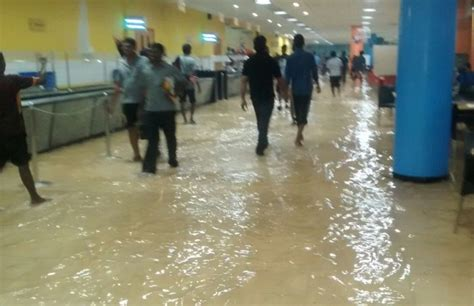 chennai mahindra city infosys address infosys flooded tcs wipro and major it offices shut