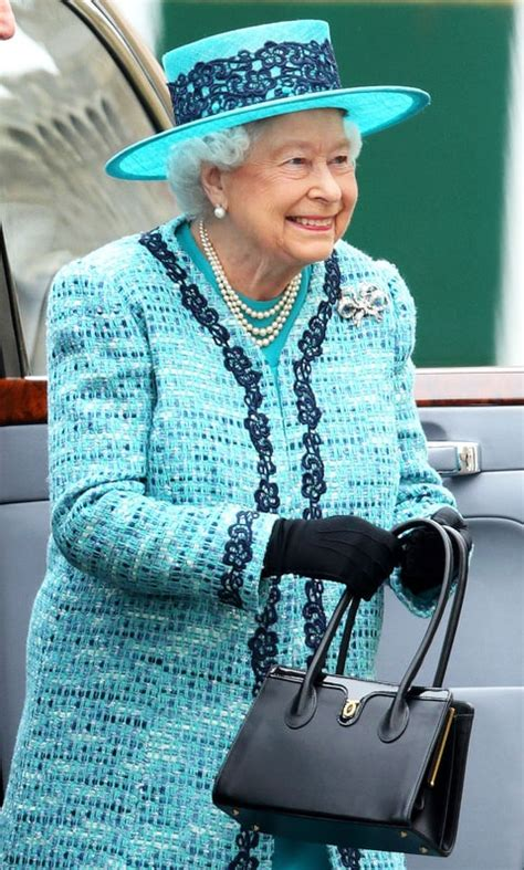 queen elizabeth purse queen elizabeth ii has more than 200 of these purses