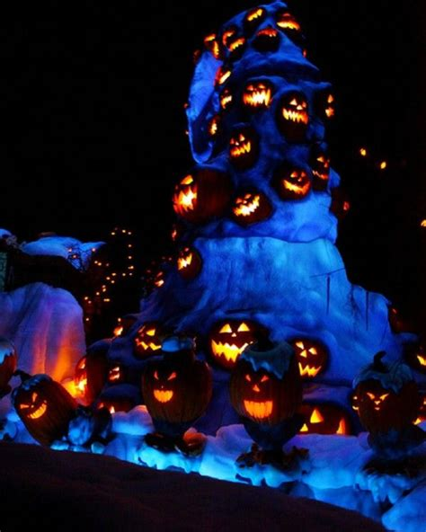 nightmare before christmas night light 1000 images about nightmare before christmas wedding and