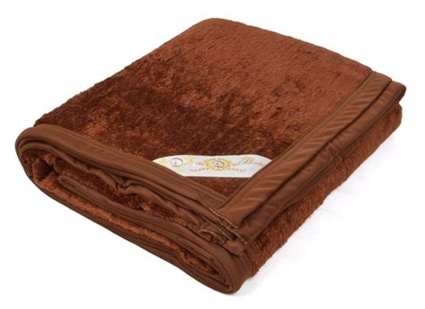 Selimut Bulu Dewasa Bunga Coklat selimut bulu daily coklat tua grosir selimut
