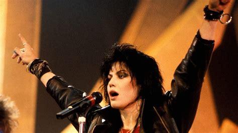 Kaset Joan Jett The Blackhearts And Simple joan jett and the blackhearts new songs playlists