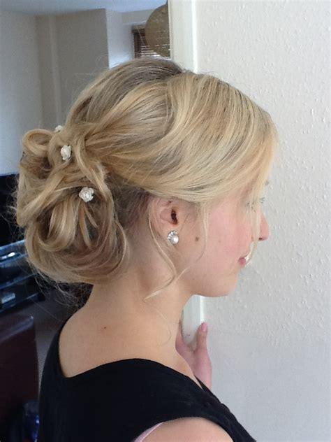 gorgeous bridal hair styles down dos historic kent manor inn wedding hair and makeup in kent