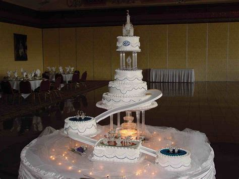Wedding Cakes With by Wedding Cakes With Fountains Www Pixshark Images