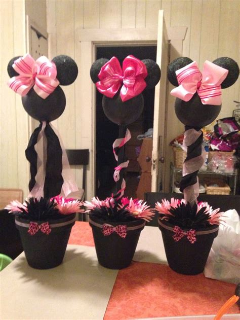 minnie mouse centerpieces minnie mouse pink cheetah baby shower centerpiece for my niece ideas