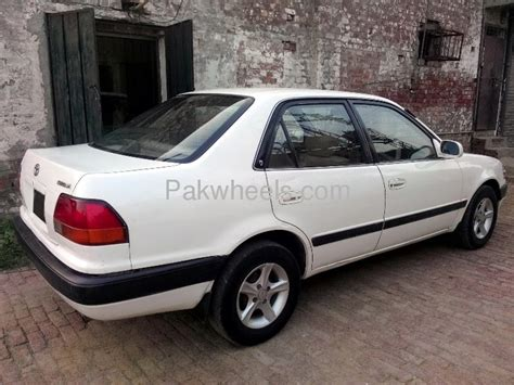 Toyota Corolla 1995 toyota corolla 1995 for sale in lahore
