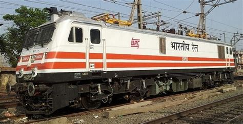 Electric Loco Shed Vadodara by What Is The Difference Between Wap 7 And Wap P7