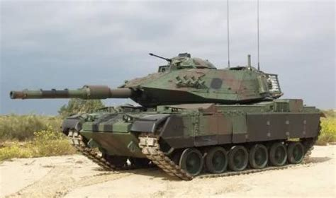 Miniatur Mobil Tank Piranha Le Char Jouet De Type M60 Type Sabra Iii Vert En Miniature