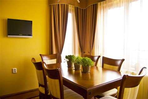 curtains for light yellow walls curtains ideas 187 curtains for light yellow walls