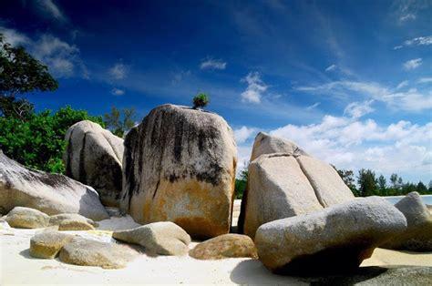 wisata pantai selatan situs resmi info tempat wisata profil pantai gunung namak tobali bangka selatan