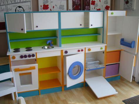 cuisine enfant fait maison fabriquer une cuisine en bois pour fille kw36