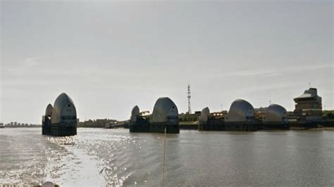 thames barrier trip google takes street view for a trip on the river thames