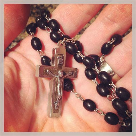 praying with rosary praying the rosary for your students the religion