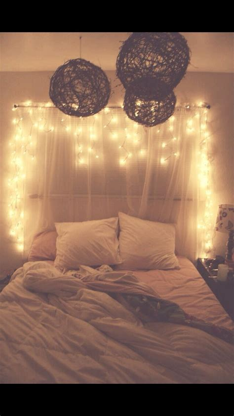 bedroom lights pinterest 25 best ideas about hipster bedrooms on pinterest