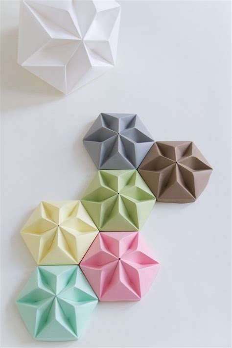 Simple Origami Decorations - 40 origami flowers you can do and design