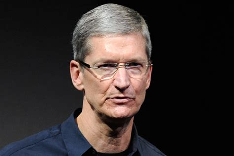 apple ceo i m proud to be gay says apple ceo tim cook