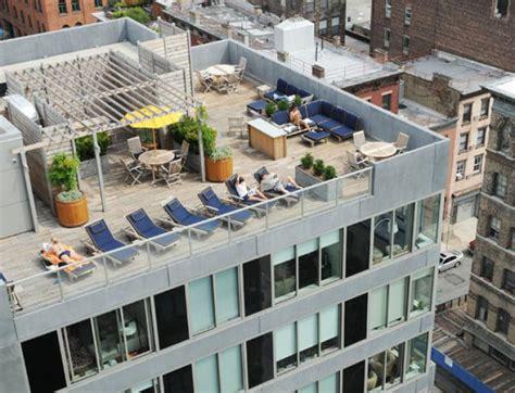 manhattan ny apartments for rent realtor com 174 median rent for a manhattan apartment soars 3 5 to 3 200