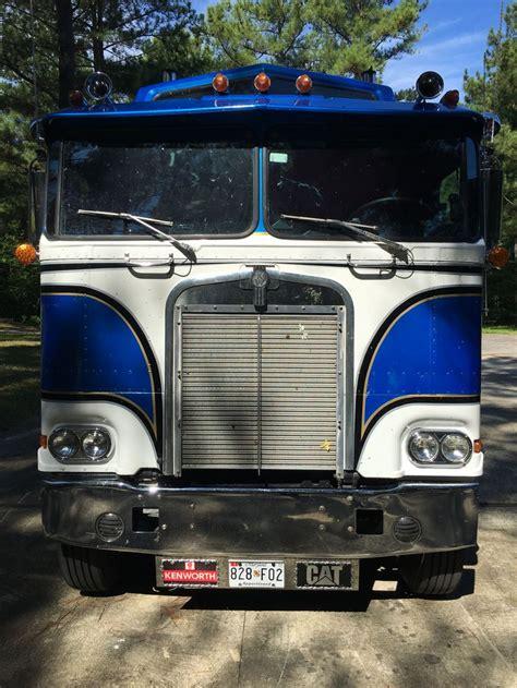 big kenworth trucks best 25 kenworth trucks ideas on pinterest semi trucks