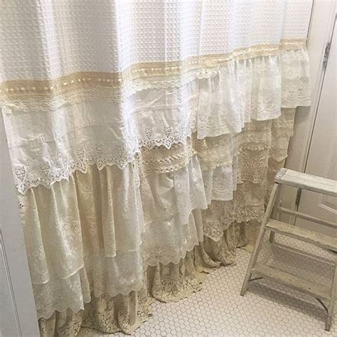 shabby chic white curtains best 25 shabby chic curtains ideas on pinterest shabby