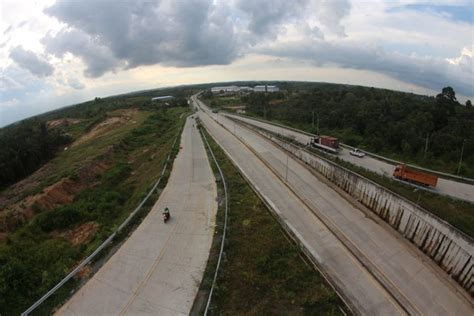 desain lu penerangan jalan umum gubernur mendadak tinjau lagi proyek jalan tol ada apa ya