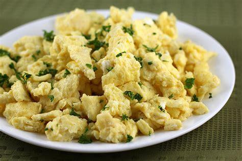 can i give my scrambled eggs how to make scrambled eggs blogchef net