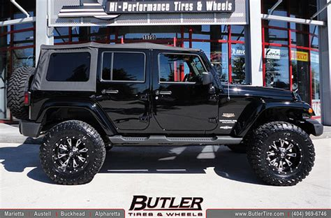 Jeep Wrangler Unlimited Tires Jeep Wrangler Unlimited With 18in Fuel Throttle Wheels