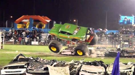 monster truck crash videos youtube avenger monster truck crash youtube