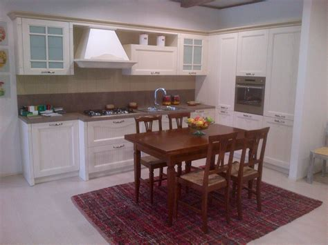 gentili cucine cucina angolare con colonna angolo gentili cucine mod