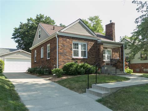 extremely nice 4 bedroom brick home rent to own richmond adorable and cozy 3 bedroom brick home homeaway des
