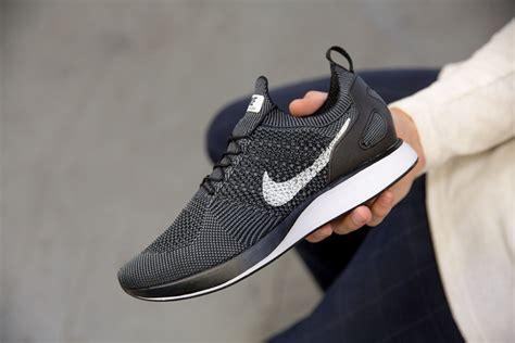Sneakers Sepatu Nike Airforce Flyknit Racer Black White Premium nike air flyknit release info sneakernews