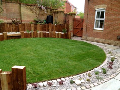 Garden Edges Ideas Lawn Edging Ideas Lawn Edging Ideas Lawn Edging Patios And Other Blockwork With Lawn Edging