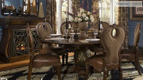 the sovereign dining room collection from aico