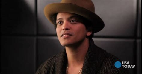 biography bruno mars ingles español bruno mars responde 5 preguntas para usa today bruno