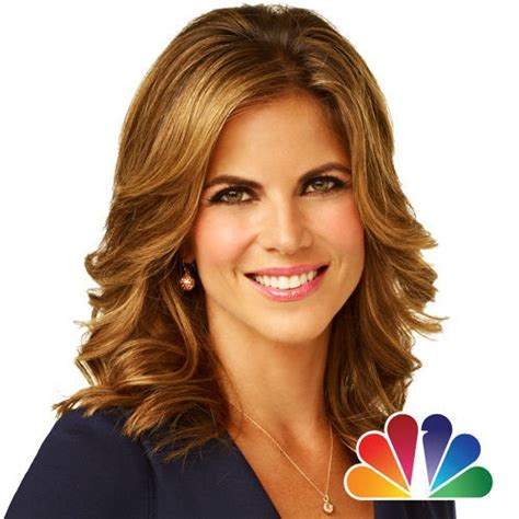 news anchor in la hair natalie morales female news anchors pinterest