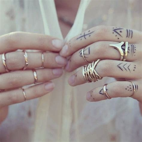 minimalist tattoo hand finger hand tattoos simple tattoo art pinterest