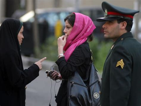 Islamic Cloth Fight For Freedom iranian call on western tourists to violate
