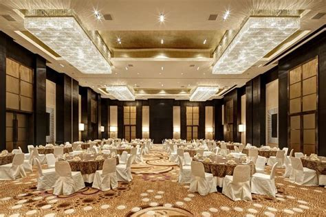 PARK HYATT HYDERABAD Centrally located in the heart of