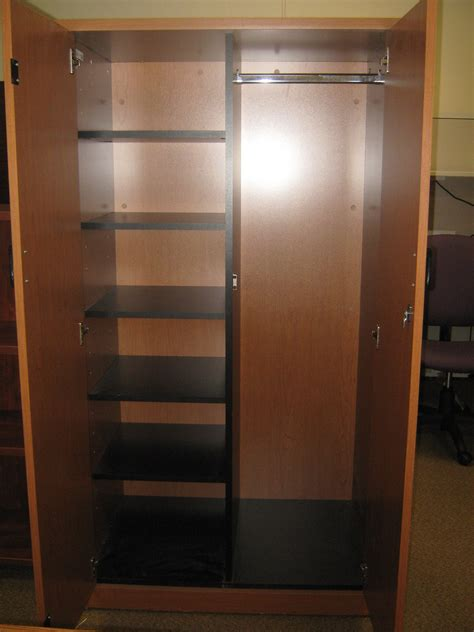 Used ? HON 2 Door Storage Cabinet Broadway Office