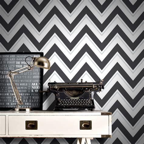 Blaster Hitam Putih chevron wallpaper black white rasch 304107 geometric