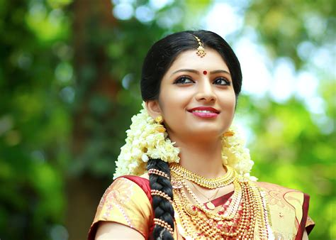 New Style Wedding Photography by Kerala Wedding Photography Candid Wedding Photography